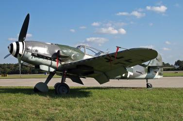 Bomba jó állapotban találtak egy világháborús vadászgépet. Egy mocsár konzerválta
