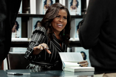 Már nem Hillary Clinton, hanem Michelle Obama a legcsodáltabb nő Amerikában