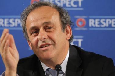 Platini a FIFA-elnök lemondását követeli