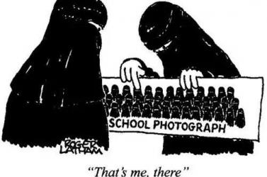 Lángba borulhat Európa, ha a muszlimokat elhagyja a humorérzéke