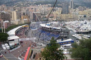 Koronavírusos nagydíj: Monacóban minden néző mellett üresen marad egy-egy hely