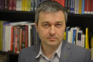 Mózes Szabolcs nem sajnálja a Hidat vádoló, oligarcházós bejegyzést, de készek hármasban folytatni a tárgyalásokat az egyesülésről – Interjú