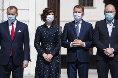 Egy újabb lehetséges forgatókönyv: A kormányfő és az SaS is távozhat, a Za ľudí viszont maradhat a kormányban