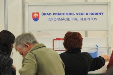 Tavaly 656 ezer euróval támogatták a hátrányos helyzetű munkanélküliek foglalkoztatását a Dunaszerdahelyi járásban, most új projekt indult