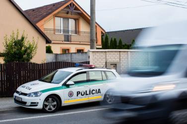 BRUTÁLIS: Akasztott asszonyt találtak Nagymegyeren