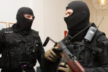 Félresikerült az akció: a kommandósok nem azt találták a lakásban, akire számítottak