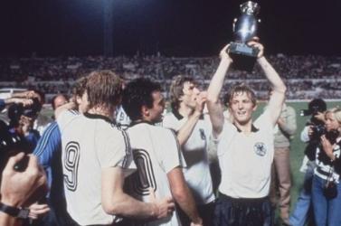 Eb-1980: A németek második diadala és egy csallóközi labdarúgó vitézkedése