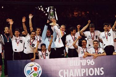 Eb-1996: A futball hazatért, a csehek döntőbe meneteltek – ilyen volt a büntetőpárbajok Európa-bajnoksága
