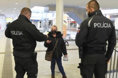 Több mint 180 háztartásban ellenőrizte a városi rendőrség a karantén betartását