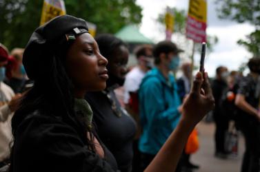 Súlyosan megsebesült egy londoni lőfegyveres támadásban a Black Lives Matter-mozgalom egyik aktivistája