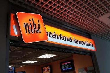 Közel 16 ezer eurót kaszált valaki a választási káosszal a Nikénél!
