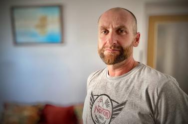 Pihenés nélkül, 16 óra alatt úszta át a La Manche csatornát a féli Nyáry Richárd – PODCAST