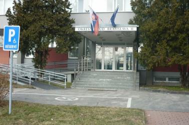 Elnapolták a per tárgyalását, amelyben a Beneš-dekrétumokra hivatkozva perel a Szlovák Földalap