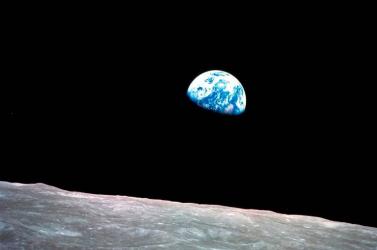Megnyitják a látogatók előtt az Apollo-program felújított irányítótermét