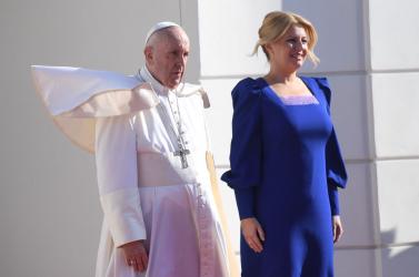 MárČaputovánál jár a pápa, aki sok időt adott a szlovák államfőnek