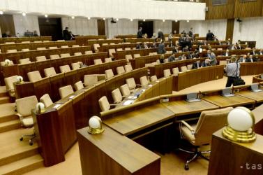 Több mint 23 ezer euróba került a parlament új szellőzőberendezése