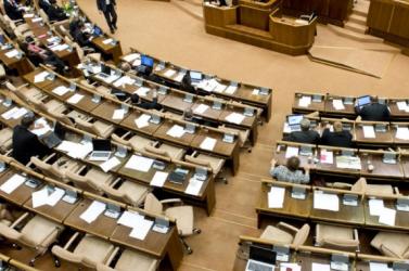 Mivel Kotleba vírusos lett, ma letesztelik az összes parlamenti képviselőt