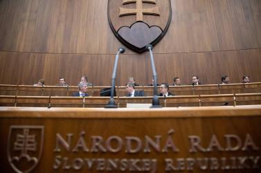 Mutatjuk, mennyi törvényt fogadtak el a parlamentben az utolsó választási időszakban
