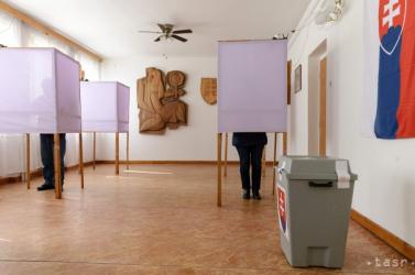 Elnökválasztás: életbe lépett a második kör előtti kampánycsend