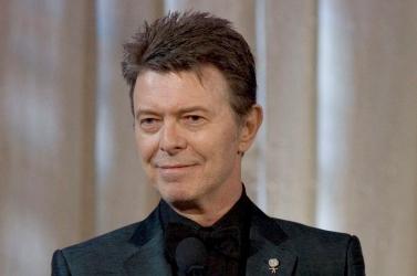 Bélyeggel tisztelegnek David Bowie emléke előtt