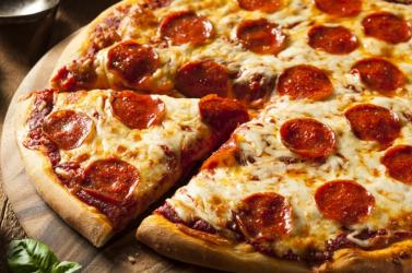 Új világrekord: 111-féle sajt egyetlen pizzán
