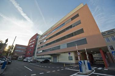22 millió euróért vásárolt műszereket a kórház – egyetlen cégtől!