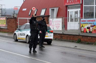 A rendőrök ellenőrizni fogják a járáshatárokon a munkáltatói igazolást