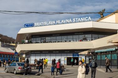 Több hazai vasútállomáson beszüntették a jegyeladást