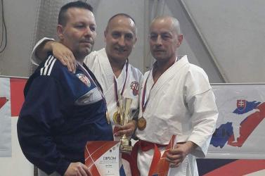 Újabb aranyat szerzett a dunaszerdahelyi karate klub