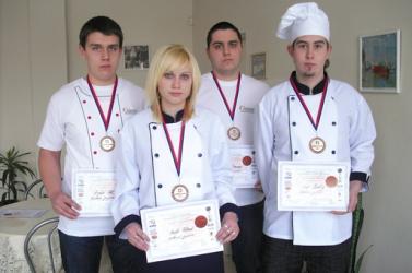 Nagymegyeri cukrász- és szakácssikerek Pozsonyban