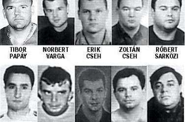 Nincs vádlottja a mészárlásnak: Megállították a Pápay-bűnbanda kiirtásának ügyében folyó büntetőpert
