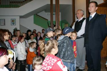 Személyesen adták át a Rákóczi Szövetség ösztöndíjait a szlovákiai magyar kisiskolásoknak