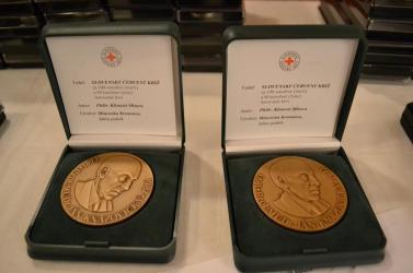 Felsőpatonyi és nagymegyeri véradó kapta a Vöröskereszt egyik legmagasabb kitüntetését