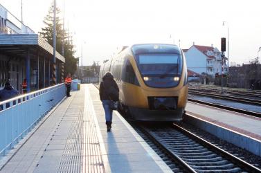 Indul a vasúti liberalizáció, hamarosan pályázatot hirdetnek a Pozsony-Komárom vonalra is