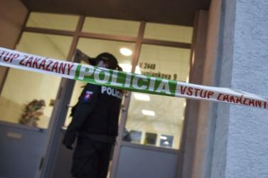 Ismeretlen anyagot tartalmazó boríték miatt zárták le a rendőrkapitányságot