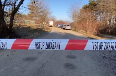 KRIMI: Halott nőre bukkantak egy parkban