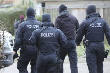 TRAGÉDIA: Öt gyerek holttestére bukkantak egy németországi városka egyik lakóházában