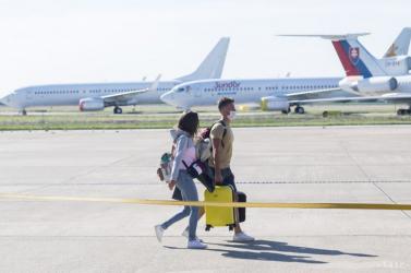 Nem fognak tesztet kérni attól, aki Olaszországból vagy Portugáliából repül haza