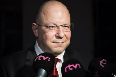 Szembemegy az SNS-szel a közmédia általuk jelölt igazgatója