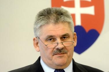 Az ellenzék leváltaná Ján Richter munkaügyi minisztert
