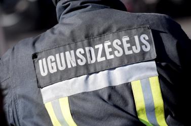 Nyolc ember meghalt, miután kigyulladt egy illegális szálló alett fővárosban