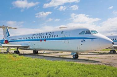 Elárverezték Nicolae Ceausescu egykori repülőgépét és limuzinját