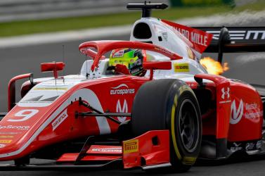 Schumacher fia Magyarországon húzta be első győzelmét a Forma-2-ben!