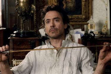 Robert Downey Jr. harmadszor is Sherlock Holmes bőrébe bújik