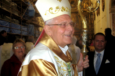 Bámulatos kreativitással tájékoztatott a rendőrség a bűntelen Sokol püspökről!