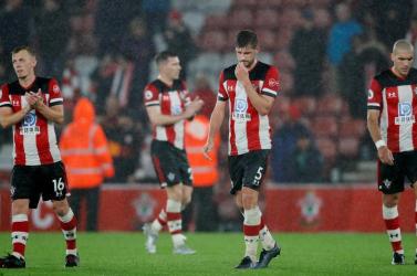 Jótékony célra ajánlották a fizetésüket a Southampton játékosai a 9-0-s vereség után