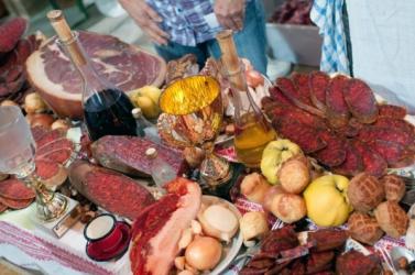 Húsvétkor ne vigyük túlzásba az alkoholfogyasztást, és ne együnk túl sokat