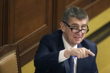 Kinevezték az Andrej Babiš  vezette új cseh kormányt