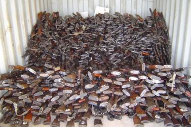 10 ezer lopott lőfegyverre bukkantak a férfi lakásán