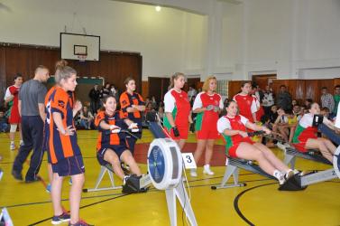 Dunaszerdahelyi gimis lányok, és galántai műszakis fiúk jutottak a döntőbe